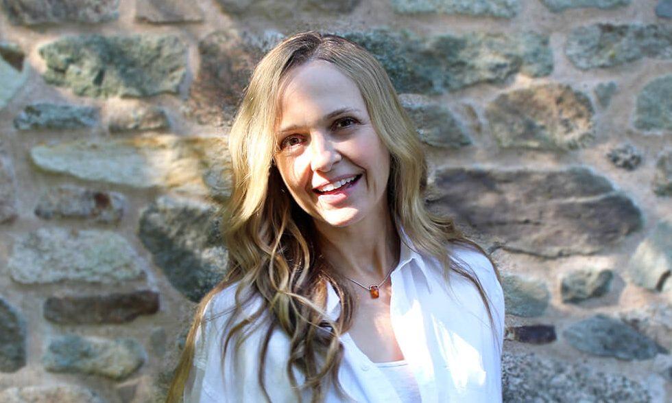 Andrea Warren - Graphic Designer